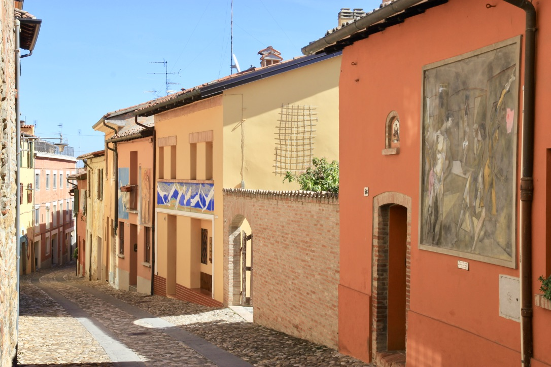 Via dei murales, Dozza