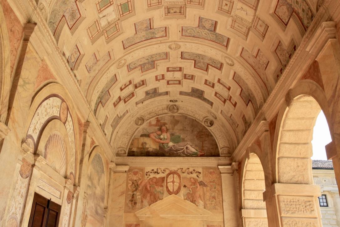 Loggia delle muse, Palazzo Te
