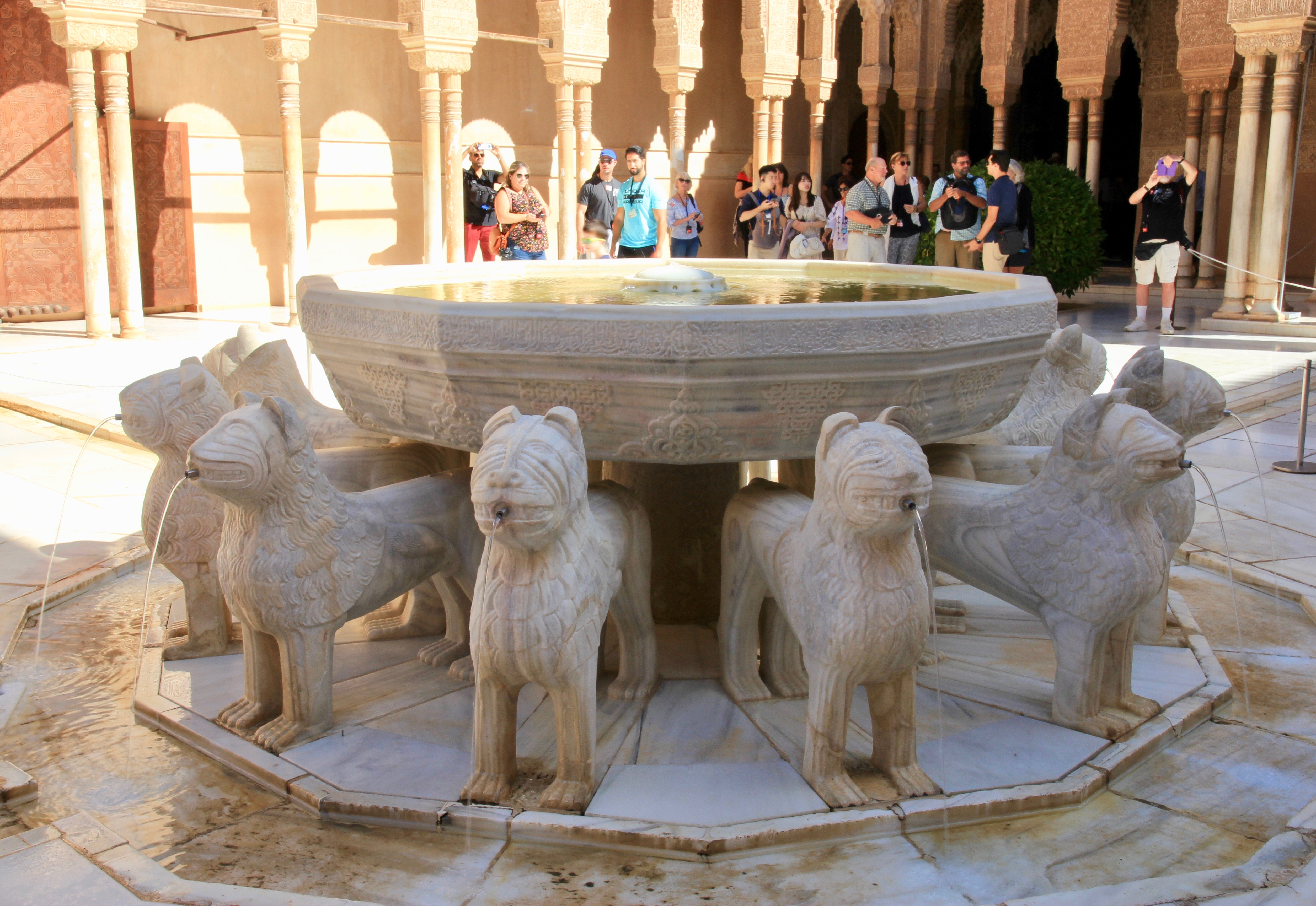 leggenda dei leoni di Granada