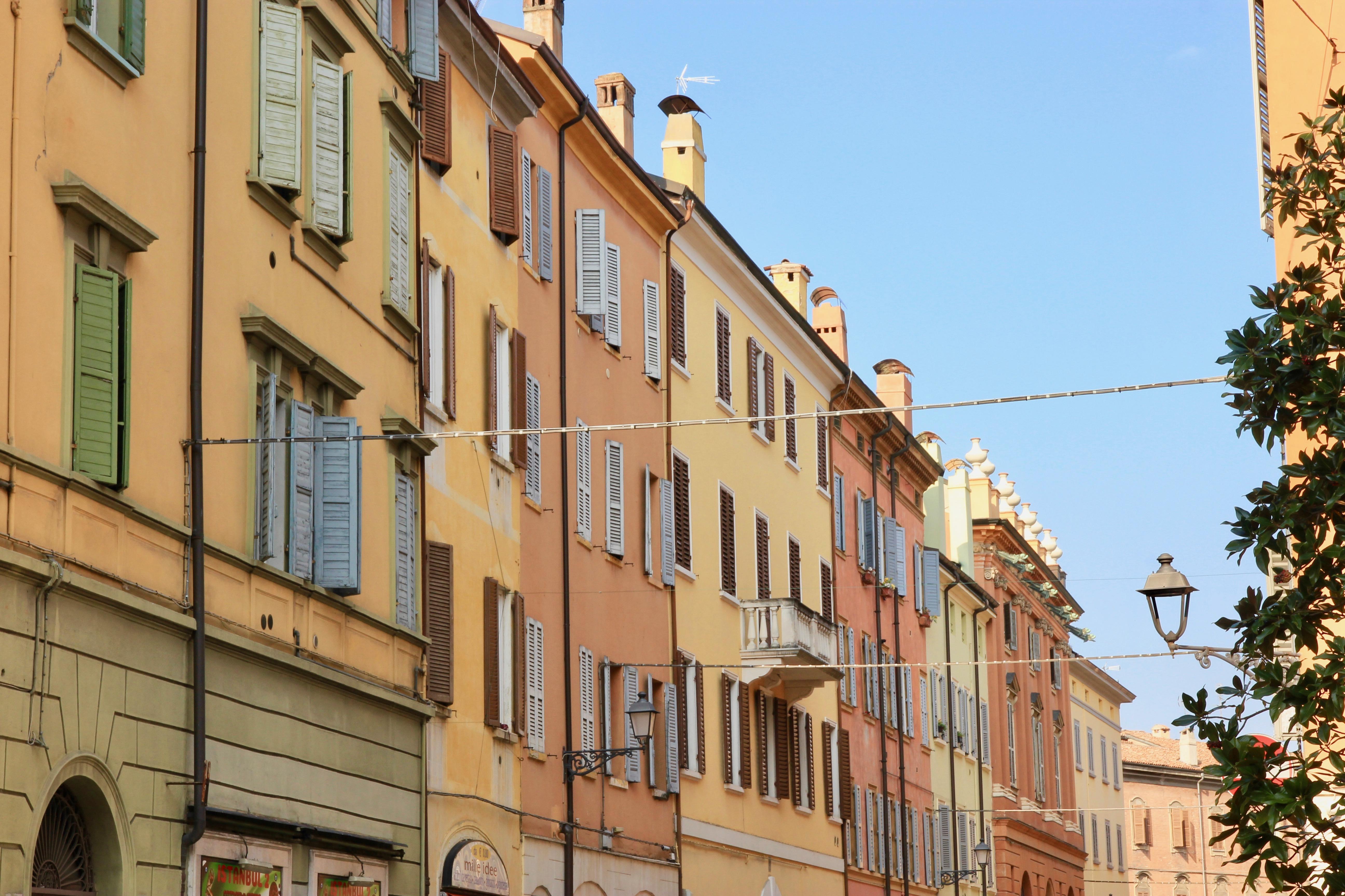 Via Emilia, centro di Modena
