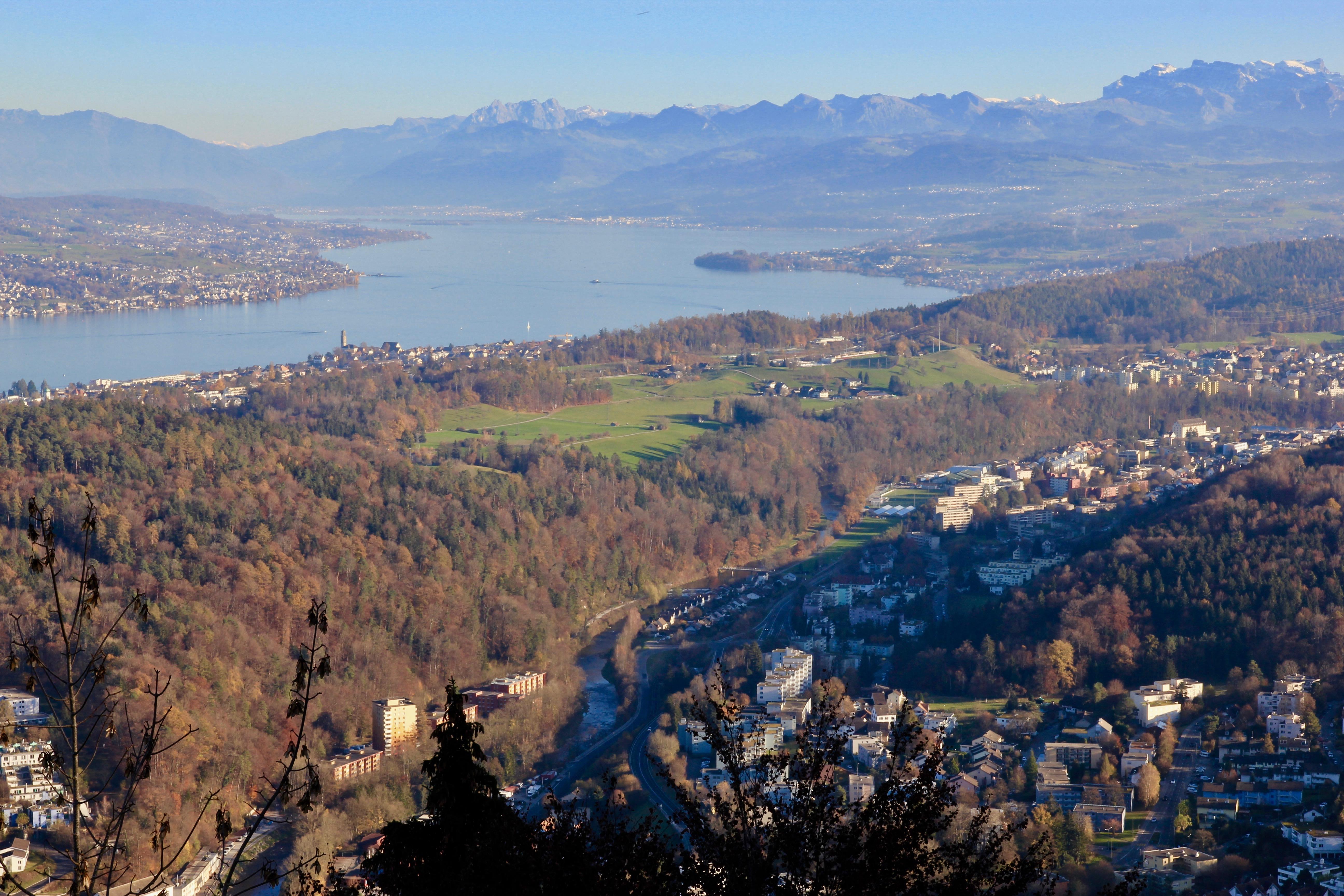 La via dei pianeti, Zurigo