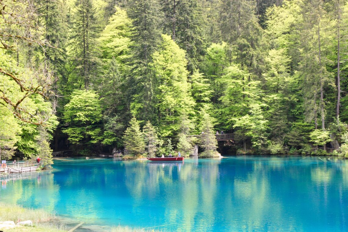 Blausee: il lago blu - Svizzera