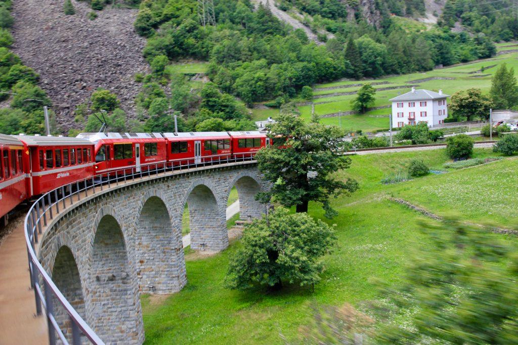 Trenino Rosso del Bernina - viadotto di Brusio